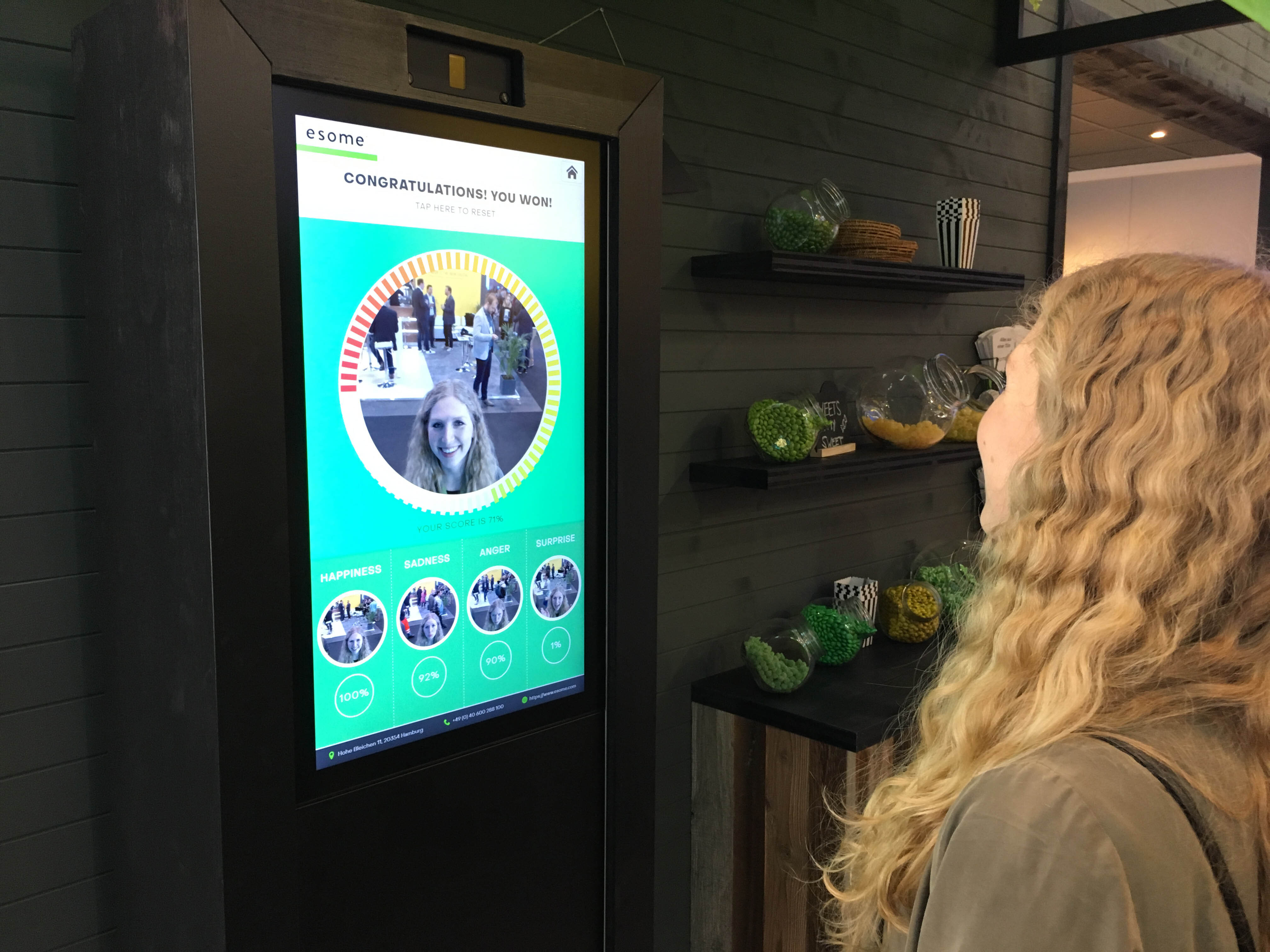 Insights omr 19 Touchscreen